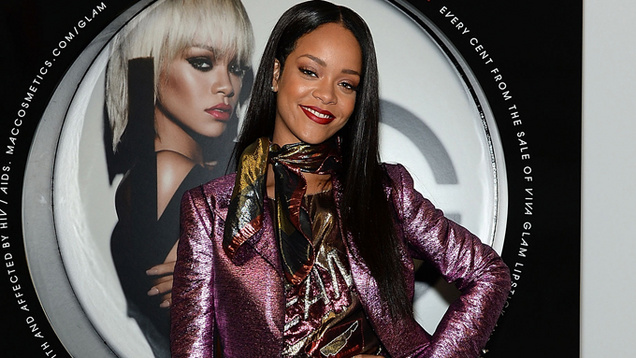 Rihanna talks lipstick love | MarkMeets Fashion News |