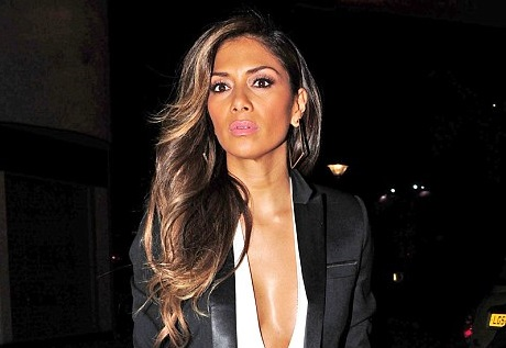 Nicole Scherzinger hangs out with Prince at hotel  MarkMeets Fashion News |