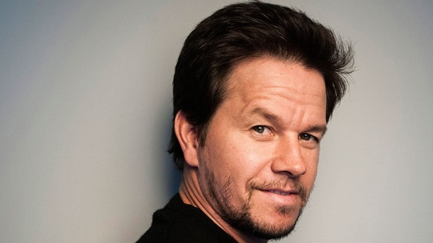 Mark Wahlberg In Talks To Star In 'Deepwater Horizon' | MarkMeets News |